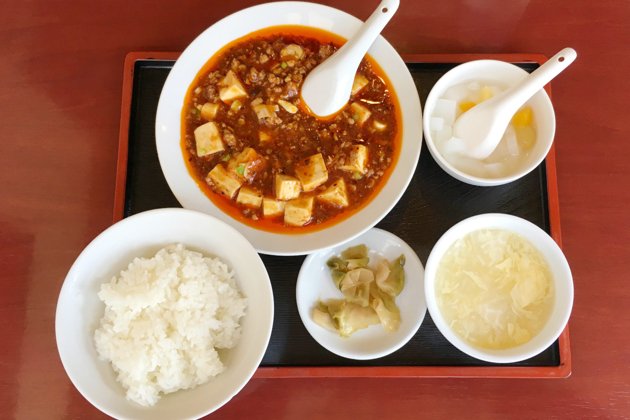 千葉銀座通りの中国料理 生味園は混雑必至の人気店、麻婆豆腐定食がリーズナブルなのにデカ盛りだった
